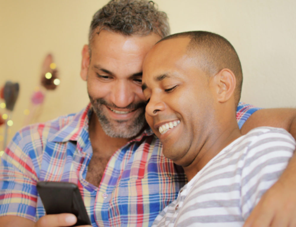 6 LGBTQ-Friendly Wedding Planning Apps to Try
