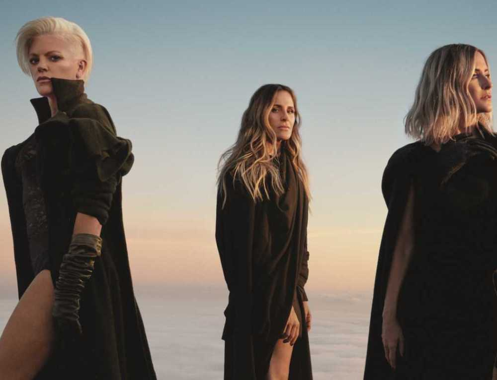 The Chicks' Natalie Maines Talks Queer Creators Behind Trio's Comeback LP, LGBTQ Activism & Advice For Lady A