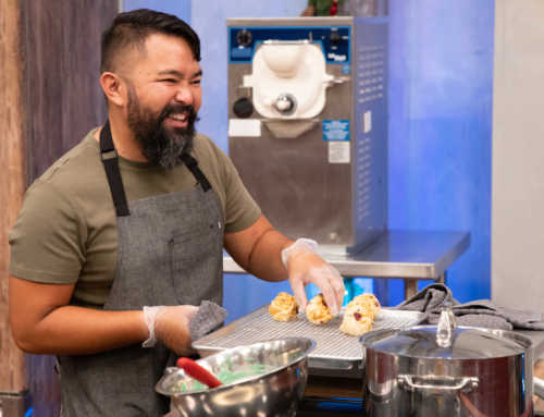 Gay Detroiter Jonathan Peregrino to Appear on Food Network's 'Holiday Baking Championship'